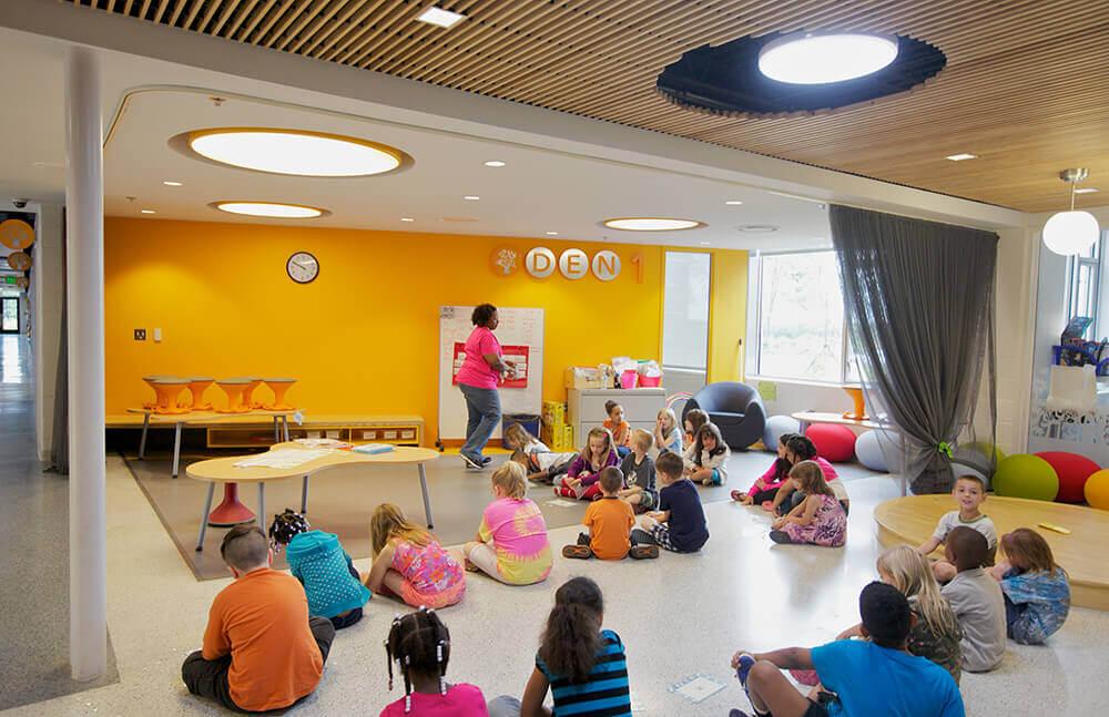Buckingham County Primary and Elementary School Classroom | 2RW